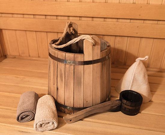 Vedro s vodou do sauny